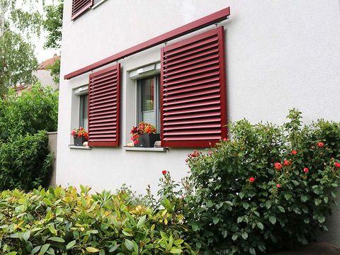 Sonnenschutz Fensterläden