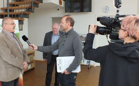 Interview vor laufender Kamera