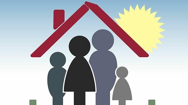 Themenbild: Familie in Haus