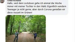 Vater mit Tochter im Wald