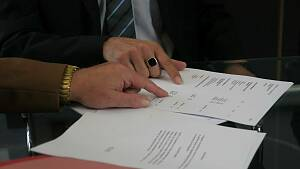 Vertrag unterzeichnen
