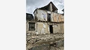 Ein zerstörtes Haus.