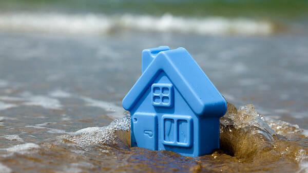 Themenbild: Haus unter Wasser