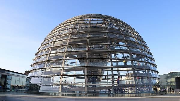 Themenbild: Kuppel des Deutschen Bundestags