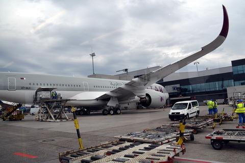 QUATAR-Airways