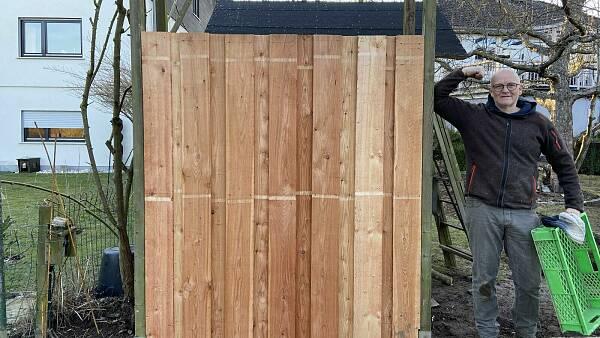 Themenbild: Schritt für Schritt: Holzzaun bauen