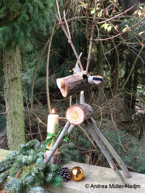Rehe aus Holzresten