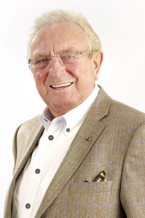 Ehrenvorsitzender verband wohneigentum e v for Raumgestaltung hartmann