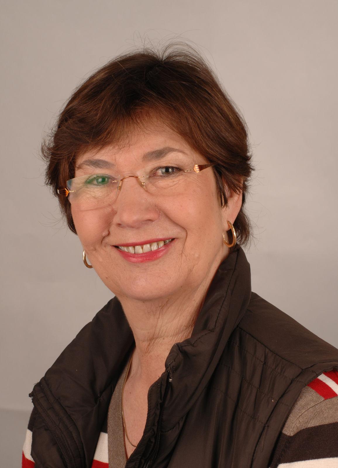 Carola Harnau