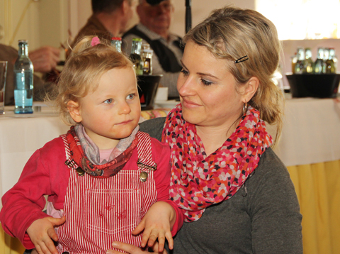 Lina mit Mutti