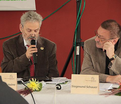 Sfrd. Dr. W. Heine, Vorsitzender des VWS begründete die Anträge des Vorstandes