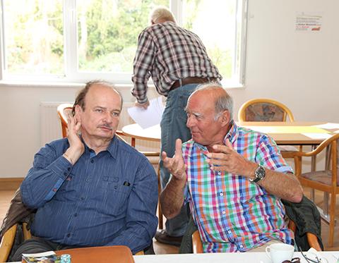 Die Siedlerfreunde Ranft und Köhler im Gespräch