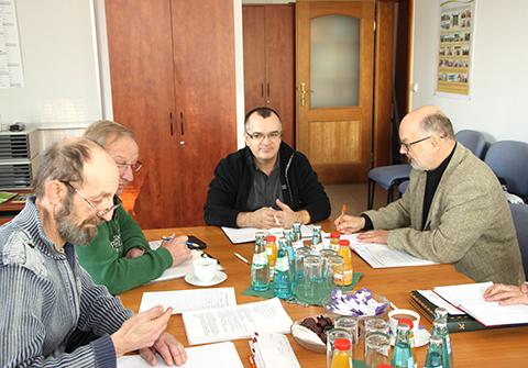 Dr. Richter (EB Stadtreinigung rechts und Uwe Schmidt-Abfall Logistik mitte)