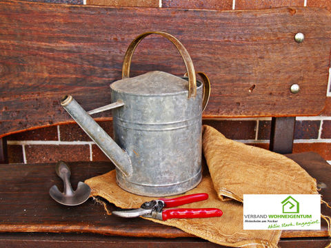 Gartengeräte: Reinigen, schärfen und fetten