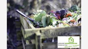 Hefe / Zucker - Lösung als Kompost - Beschleuniger