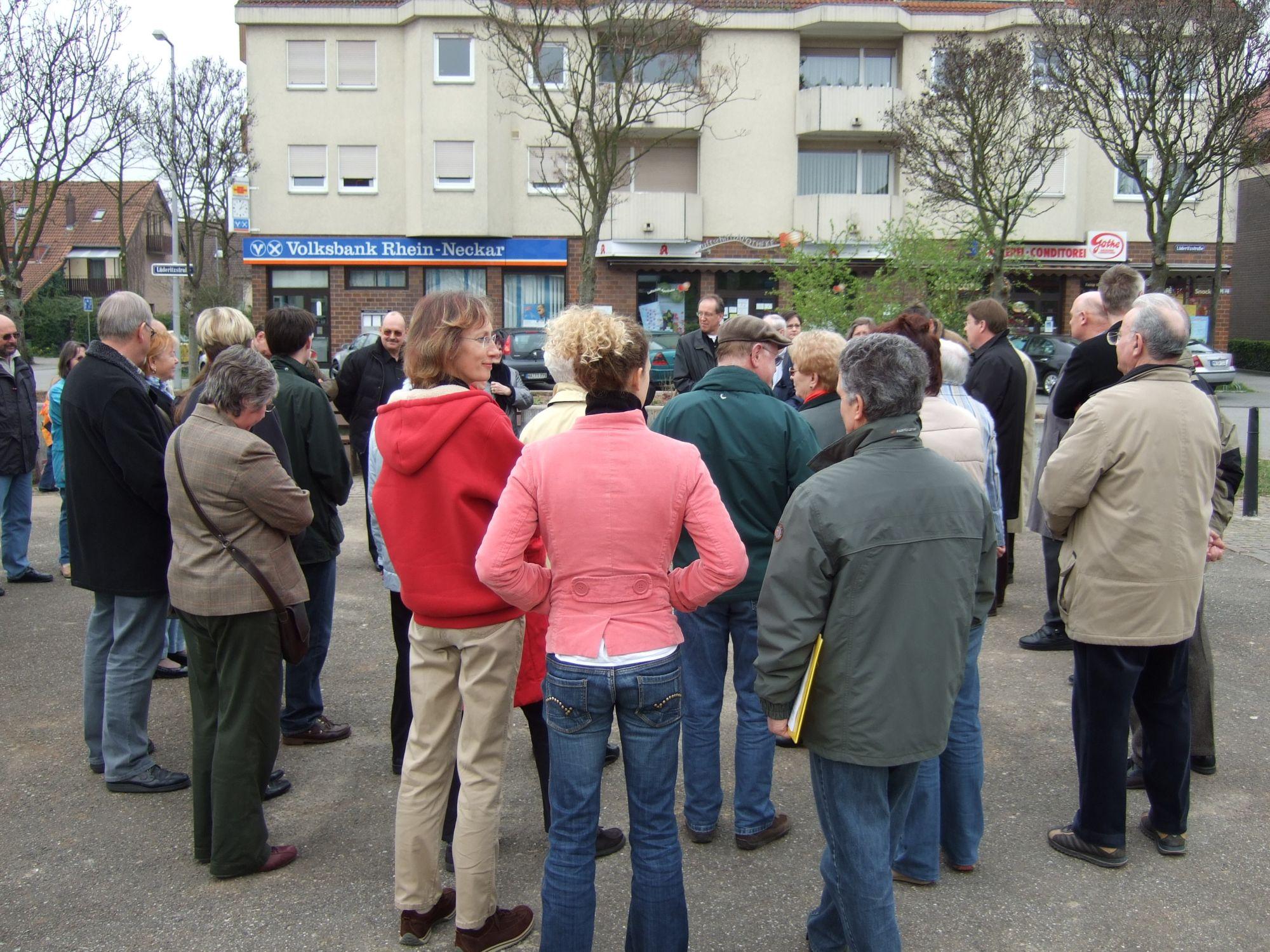 Einweihung Marktplatz Rheinau-Süd 310307_2