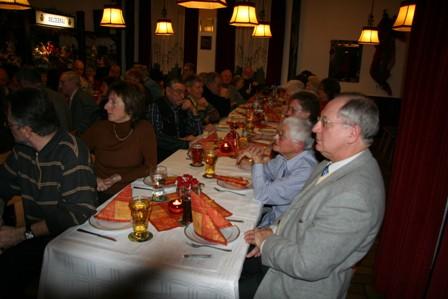 Fotos von der Spendenübergabe anlässlich des Helferessens am 25. Januar 2008