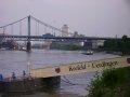 Rheinanleger Uerdingen - im Hintergrund die halbe Uerdinger Rheinbrücke