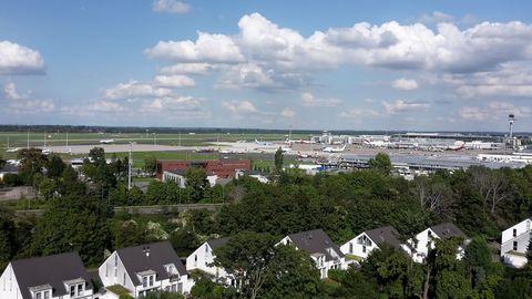 Ausblick zum Flughafen DUS