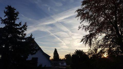 morgendlicher Herbsthimmel über Lohausen-Stockum