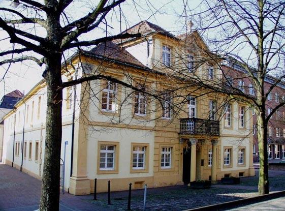 Rossihaus in der Herrenstrasse