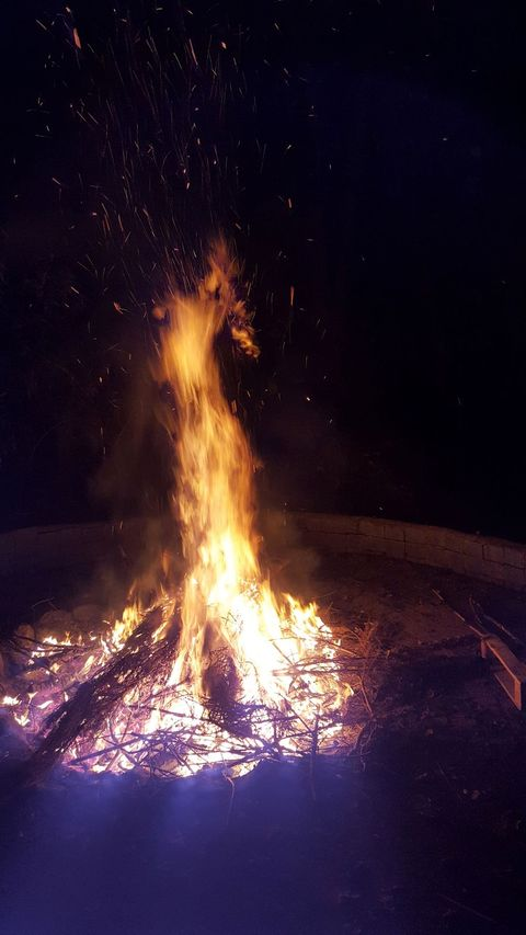 Es brennt