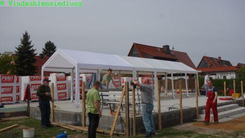 Aufbau fürs Hexenfeuer und Bau des Geländers an der Terrasse