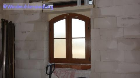 Das erste Fenster ist eingebaut!