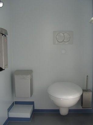 2 Damen WC's
