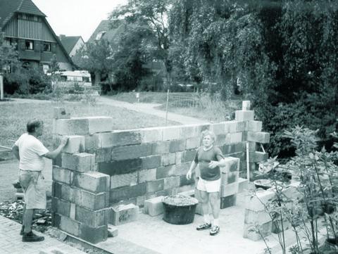 Die ersten Mauern wurden errichtet